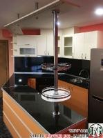 K013 - Разчупена кухня с барплот, Слонова кост, Оранж пастел