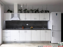 K001 - Кухня: Бял лак, Дъб джаксън_3