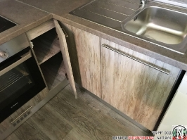 K005 - Кухня: Dark Astwood, Зелен пастел, F049 и PS54_6