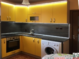 K007 - Кухня: Жълто/Sunshine, Зебрано сахара и етно венге - Кафяво